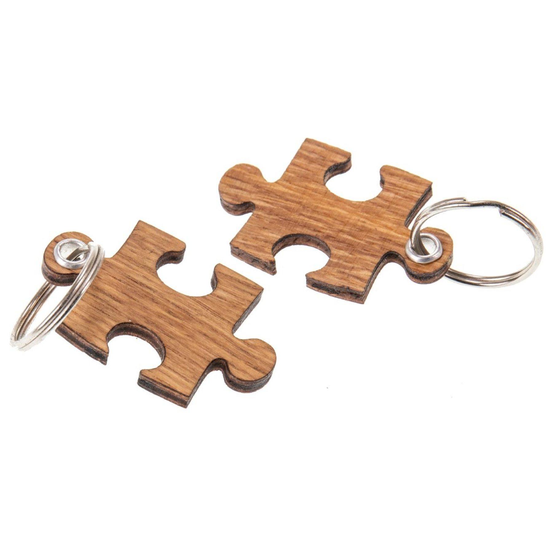 2x Puzzle Schlüsselanhänger aus Eichenholz